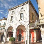 Desenzano buildings piazza Malvezzi