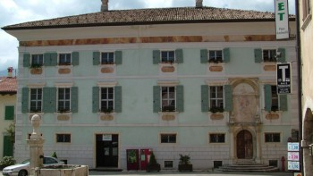 Palazzo Eccheli Baisi