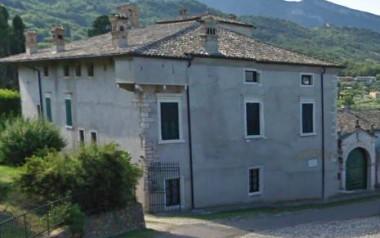 Villa Colpani Beccherle Caprino Veronese lago di Garda monte Baldo