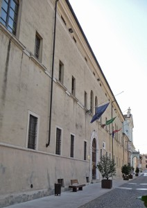 Castiglione delle Stiviere-collegio-gesuiti-municipio
