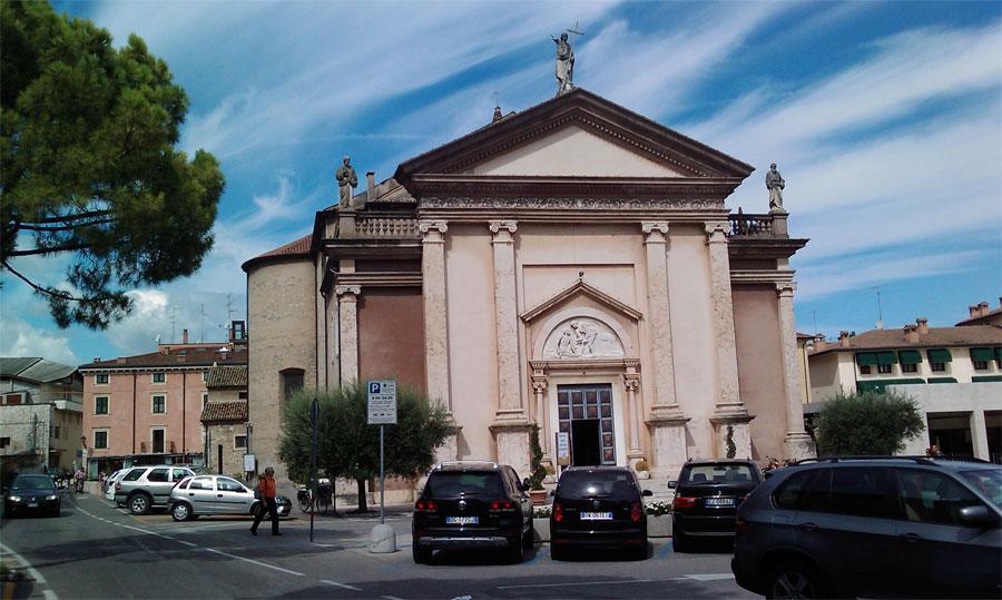 Church San Martino Peschiera Lake Garda Italy Garda Tourism