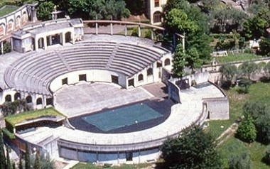 Image result for L'Anfiteatro Gardone Riviera images
