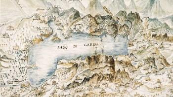 Il lago di carta