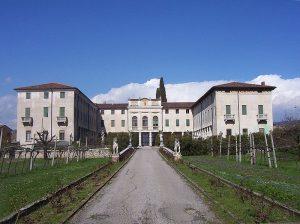 Villa Saibante Monga san pietro in cariano valpolicella
